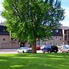 Eagles Pointe - 5502 Kirkwood Blvd SW, Cedar Rapids, IA 52404