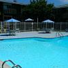 East Bay Apartments - 1826 Kingston Ave, Norfolk, VA 23503