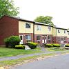 Woodbury Apartments - 818 Bartholomew Road, Middletown, CT 06457