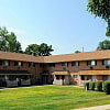 Golf Club Apartments & Townhomes - 1100 West Chester Pike, West Chester, PA 19382