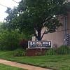 Bristol Ridge Apts - 2130 SW Fillmore St, Topeka, KS 66611