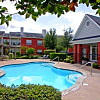 Easton Village - 8550 Easton Commons Dr, Houston, TX 77095