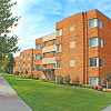 Highland House Apartments - 11810 Lake Ave, Lakewood, OH 44107