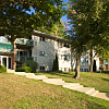 Pinewood Plaza Apartments - 3963 Persimmon Dr, Fairfax, VA 22031