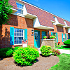 Pine Run Townhomes - 5541 Bengie Ct, Huber Heights, OH 45424