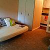 Ridgewood Apartments - 2100 Apalachee Pkwy, Tallahassee, FL 32301
