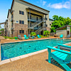 Tinsley Place Townhomes - 715 Cleveland Ave, Waco, TX 76706