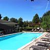 Diamond Lakes Apartment Homes - 2700 Ambassador Caffery Pkwy, Lafayette, LA 70506