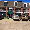 Bellemont Victoria - 3225 Victoria Dr, Baton Rouge, LA 70805