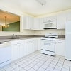 Mews at Annandale, The - 1 Ashwood Ct, Annandale, NJ 08801