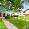 Oxford Manor Apartments - 5349 Oxford Dr, Mechanicsburg, PA 17055
