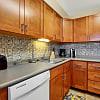 Gateway Apartments - 200 Gateway Dr, Edwardsville, PA 18704