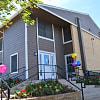 Las Lomas - 834 Timberlake Dr, Arlington, TX 76010