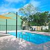 Oak Bend - 1550 University Woods Pl, Tampa, FL 33612