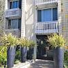 La Villa Lake - 1070 North Lake Avenue, Pasadena, CA 91104