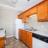 Cypress Square Apartmnets - 301 Ravenwood Ln, Lafayette, IN 47909