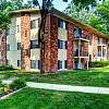 Pointe O Woods - 4065 Pointe O Woods St SE, Grand Rapids, MI 49508