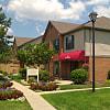 Rosebrook Village - 6566 Rosemeadows Dr, Columbus, OH 43068