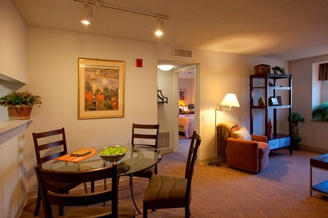 Southwood Square - Southwood Square Apartments in Stamford, CT is your respite from the city, just steps away from the heart of the action