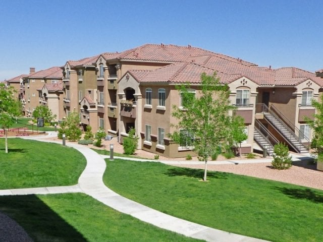 Broadstone Towne Center - $750 Off First Month's Rent!!! * Luxury Living At An Affordable Price! Broadstone Towne Center Apartments was recently voted Best Apartments by readers of the Albuquerque Journal
