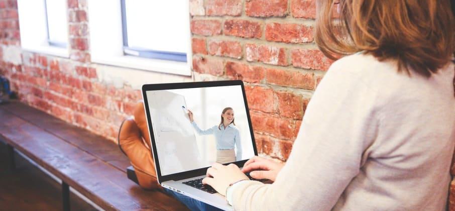 5 bonnes raisons de s'inscrire à des cours de langue en ligne