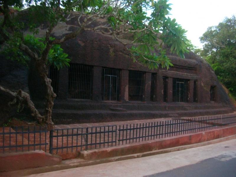 Arvalem Cave - Caves in Goa
