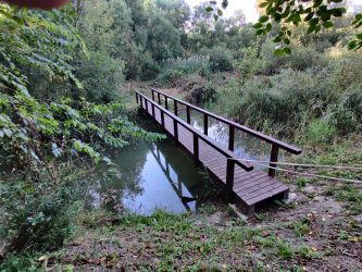 Kerti és közterületi híd tervezése, készítése, felújítása.