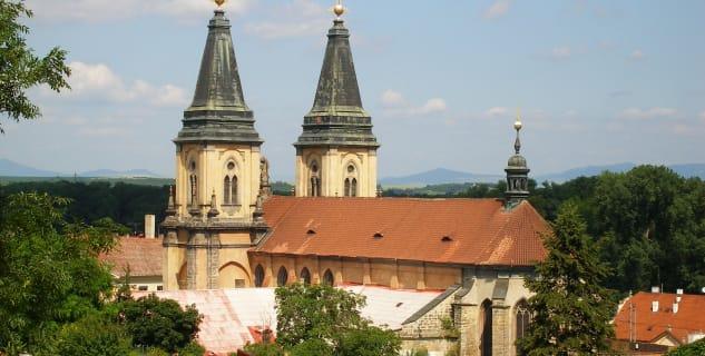 Chrám Narození Panny Marie a augustiniánský klášter - http://www.vyletnarip.cz/vylety/detail-vyletu/za-pamatkami-v-roudnici-nad-labem