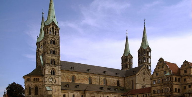 Bamberger Dom - http://commons.wikimedia.org/wiki/File:Bamberger_Dom_BW_6.JPG