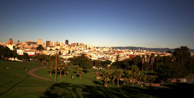 Dolores Park, San Francisco - http://www.flickr.com/photos/listenmissy/337595156/