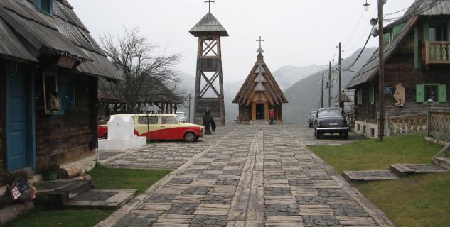 Drvengrad - https://www.flickr.com/photos/goxxy/4186524176