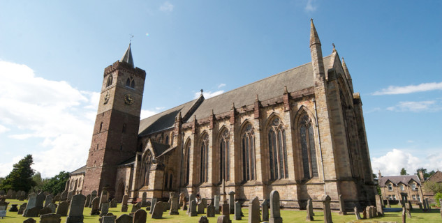 Katedrála v Dunblane - https://www.flickr.com/photos/itmpa/14086450669/