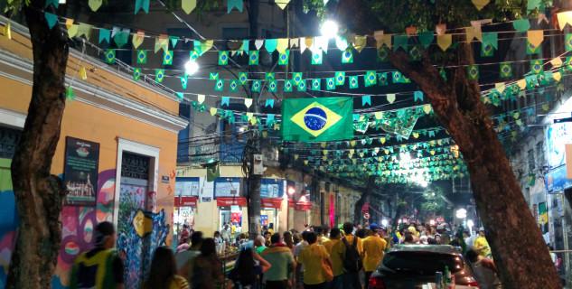 Lapa Rio de Janeiro - https://www.flickr.com/photos/wm2014/14596809525/