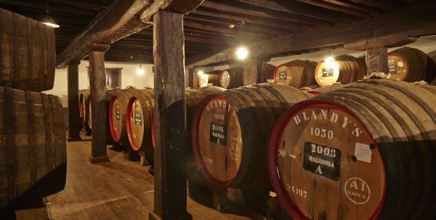 The Old Blandy Wine Shop - https://www.flickr.com/photos/portobayevents/12186338395/