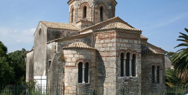 Kostel sv. Jasona a Sosipatera - https://www.flickr.com/photos/7549203@N04/4633263672/