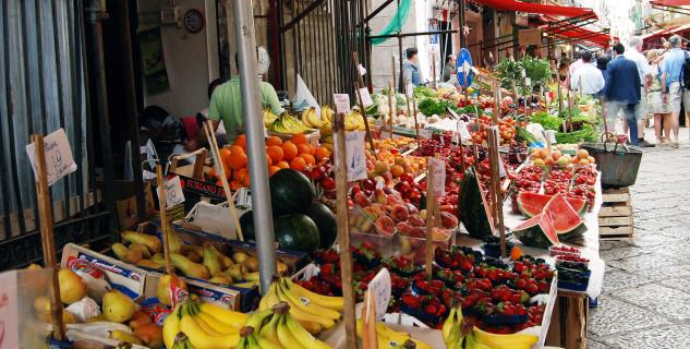 Mercato del Capo  - https://www.flickr.com/photos/hbarrison/14912788648/