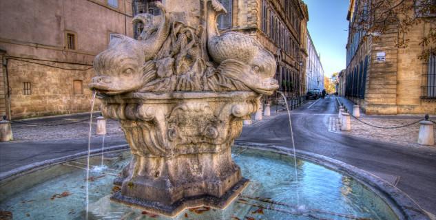 Quartier Mazarin  - https://www.flickr.com/photos/decar66/11388217894