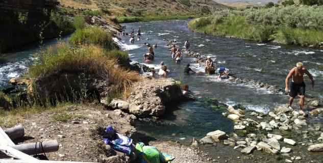 Boiling River - https://www.flickr.com/photos/wfryer/7665729082/in/photolist-cFoSbN-53f6Fi-2RP3wT-66Kt3o-oyc6Eb-SKkKdo-jJKYSS-jJHQm4-cTQsB3-2WtmqR-kme1B-cZXias-akXvmP-91mpME-jCmgxN-jJKcjq-cRvJN7-5CXch-aiXg6X-jJGZiB-cZXajj-dAZvsn-9DCFEW-jJPytb-jJKaZ1-dBagwp-2G4TVe-dB1qka-6YQizh-Ewy8rz-Nt443P-nQkp38-hkV86Q-bk3A4w-dyfyN3-W99cvp-fwydYF-4nBGW8-bGzAf4-mpJVDL-fwyiun-fEdSCh-m2GGEf-3jmhu-4ecH6g-dB1oBM-6x83gg-qyte8z-ut2awU-jJM45L