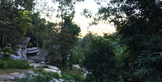 Výhled Wat Pha Lat -