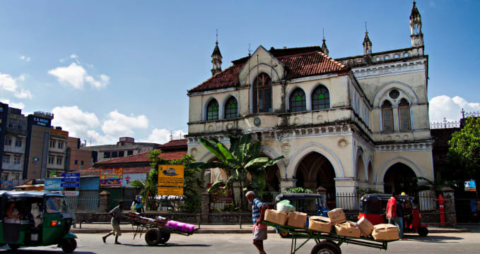 Stará radnice v Columbo - https://www.flickr.com/photos/bhagisphotography/9954257575/