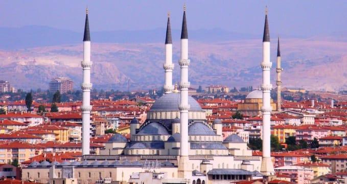 Kocatepe mosque - http://commons.wikimedia.org/wiki/File:Kocatepe_Camii_Ankara_edit.JPG