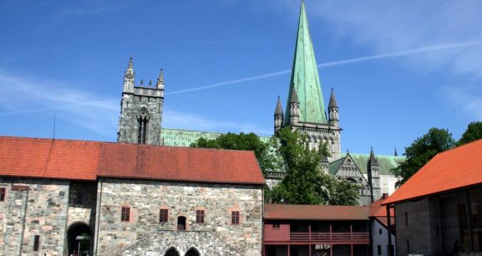 Archbishop's Palace - https://www.flickr.com/photos/krispics/2703405247/