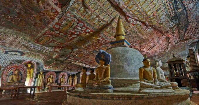 Jeskynní chrám Dambulla  - https://www.flickr.com/photos/13523064@N03/11026276694/