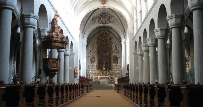 Kostnická katedrála - https://de.wikipedia.org/wiki/Konstanzer_M%C3%BCnster