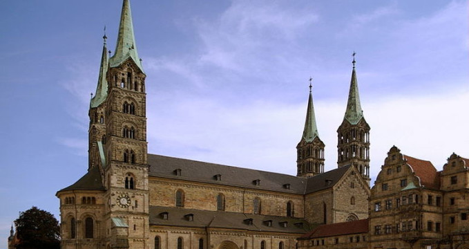 Bamberger Dom - http://commons.wikimedia.org/wiki/File:Bamberger_Dom_BW_6.JPG