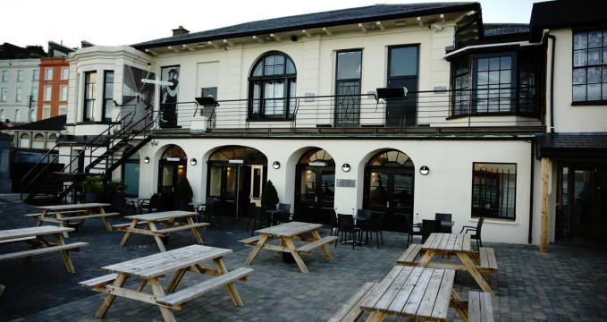Titanic Bar & Grill - http://www.titanicbarandgrill.ie/