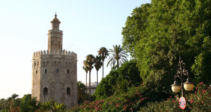 Torre del Oro (Sevilla) - https://www.flickr.com/photos/43161276@N07/6008230532/