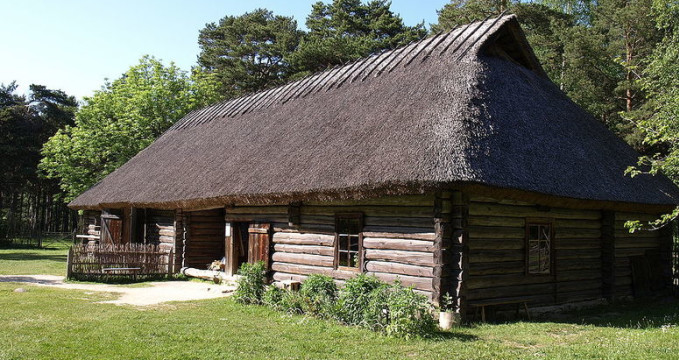 Estonian open air museum - http://commons.wikimedia.org/wiki/File:Estonian_Open_Air_Museum.001.JPG