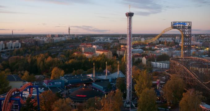 Zábavní park Linnanmäki - https://www.flickr.com/photos/70363447@N03/6390053067/