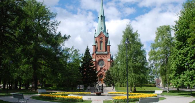 Kostel Alexandra II. - https://www.flickr.com/photos/amy_elizabeth_west/3580213265/